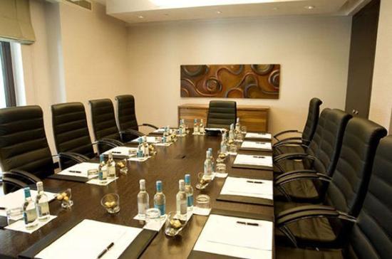 Al Manzil Hotel Downtown Dubai boardroom